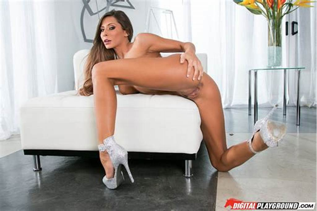 #Madison #Ivy #Posing #And #Showing #Off #Her #Perfect #Body