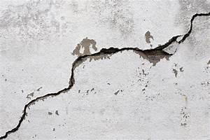 Risse In Der Wand Reparieren : mauerrisse reparieren anleitung in 4 schritten ~ Eleganceandgraceweddings.com Haus und Dekorationen