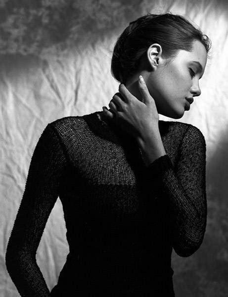 16 gadus vecās Andželinas Džolijas fotosesija | Photo sessions, Photo, Angelina jolie