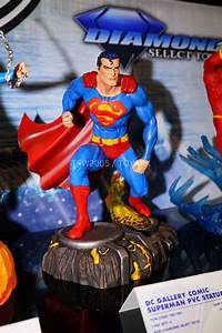 Toy Fair 2018 Gallery - Diamond Select Toys DC ...  Toy
