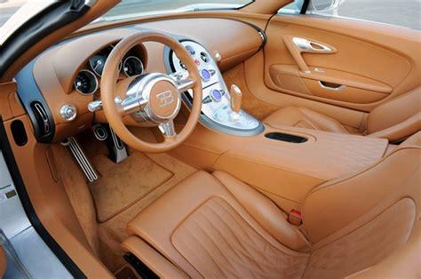 L'équilibre parfait entre faible résistance de l'air et portance permet d'améliorer les performances et la stabilité, même à des vitesses supérieures à 420 km/h. First Drive: Bugatti Veyron 16.4 Grand Sport is a temple of Zen - Autoblog