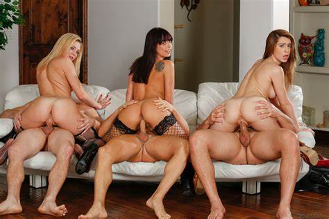 Sensual Four With Naughty Blondes