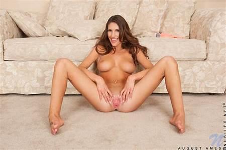 Nude Boob Gorgeous Teen Free Big