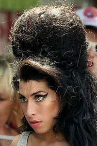 SOMEBODY NEEDS TO SAY IT!: AMY WINEHOUSE GRANTED DIVORCE ...