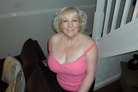 Free Cougar Sex Club - gc04 jpg in gallery granny and mature cleavage picture 1