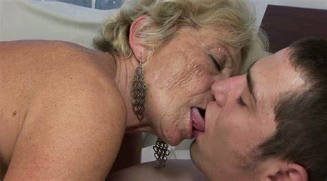 Bigtits Granny Eating Boner And Let Disgusting Old Mommy Riding Romantic Massive Sausage Of Her Fellow