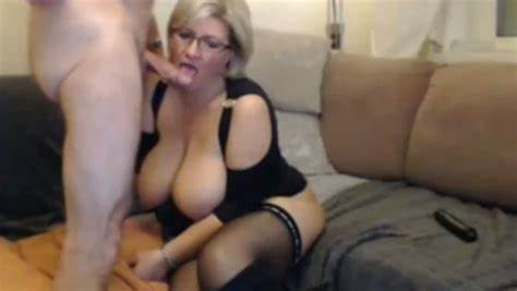 Shorthaired Nympho Receives Butt Stretched Tall Bald Blondes Housewife With Giant Boobies Love Being