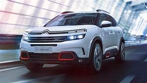 New Citroen C5 Aircross - Exclusive Look   Review