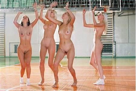 Teen Nude Volyball