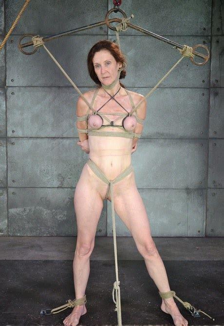 Hardcore Pussy Pump Torture