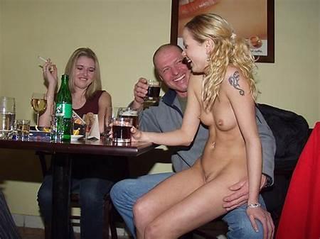 Nude Teen Gorgeous Waitress