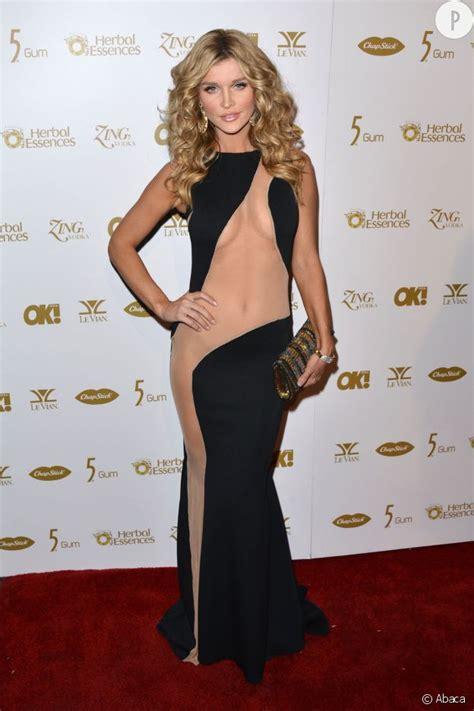 femme de chambre sans culotte nues sous leur robe la nouvelle tendance des femmes