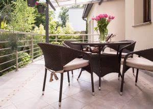 Sondereigentum Balkon Instandhaltung : bodenbel ge f r den balkon ~ Watch28wear.com Haus und Dekorationen