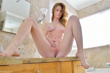 Teen Nude Bethany