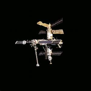 Survey Views Of The Mir Space Station During Flyaround