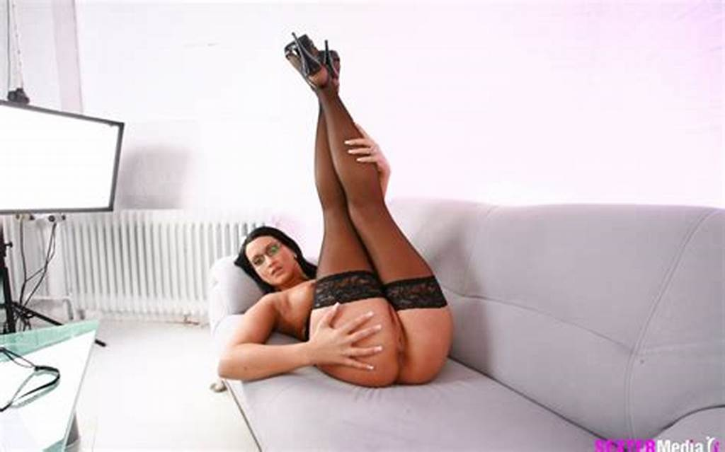 #Brunette #Cutie #At #The #Fuck #Casting