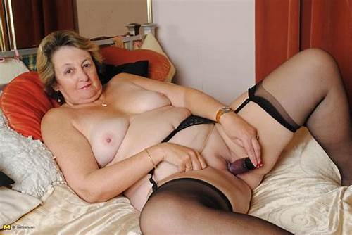 Sloppy Dutch Housewife Playing With Herself #Big #Mama #Playing #With #Her #Wet #Pussy