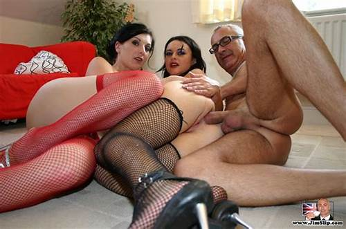 British Mature Masturbating His Auntie