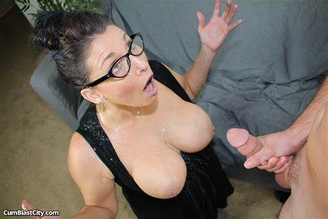 Huge Natural Breast Oral And Ejaculation Facials