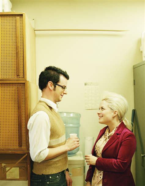 amour au bureau femme amour au bureau 12 des français ont déjà succombé