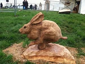 Holzkäfer Im Haus : chainsaw carving festival taking place in april river hills traveler chainsaw sculpture ~ Whattoseeinmadrid.com Haus und Dekorationen