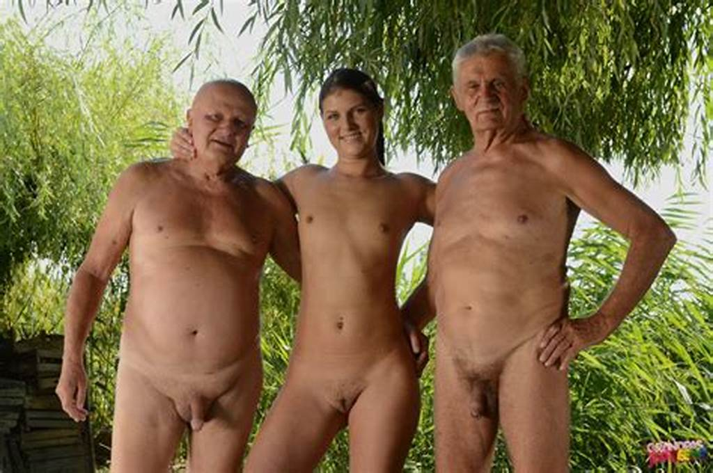 #Nudists #Family&Family #Nudism #Kids #Erect #Penis #Photos