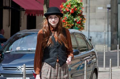 foto de Doctor Who star Karen Gillan films in Glasgow for Not