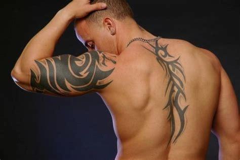 Tatuajes en la columna vertebral 2020: diseños y consejos