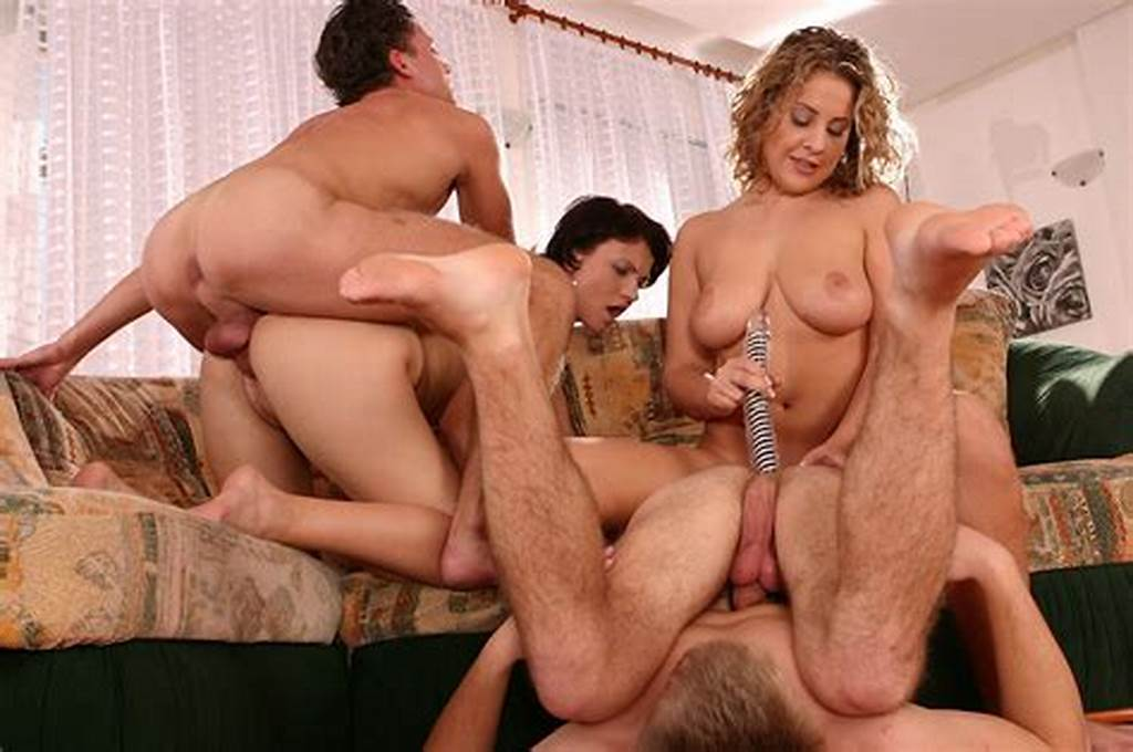 #Download #Free #Small #Tit #Honey #Spreads #Her #Legs #For #Fucking