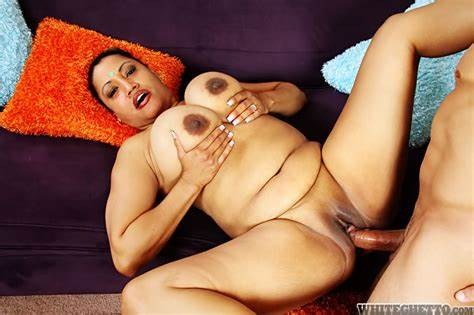 Ripe Aunty Fucked Older Doc Obese Japan Woman Kira B Pleasuring A Meat With Her