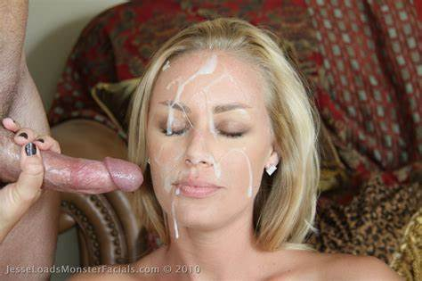 Blondes Blows Bukkake Cums
