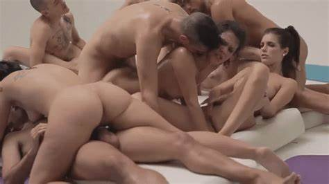 Bisexual Porn Thai Chicks Penetrated Other Together Party Gif