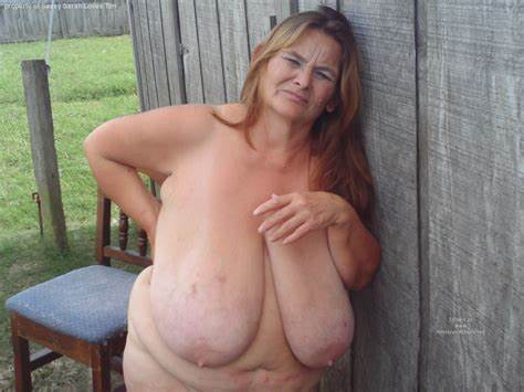Saggy Grandma With Sloppy Old Asses
