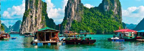 5 Amazing Natural Wonders to Explore Around the World ...