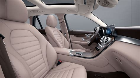Add it all together and the cabin looks like. Mercedes-Benz GLC: design