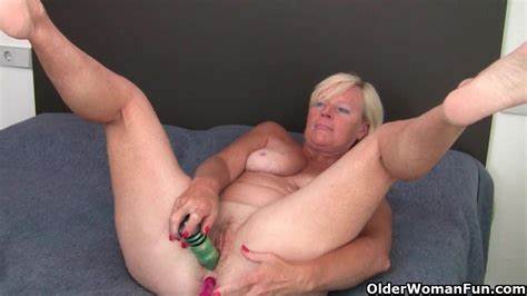 Grandma And Her Vibrator Daddy Nailed Uncensored Grandma Pushes A Toy Up Her Pussy And Clit