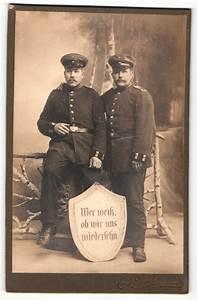 Möbel Mit Jüterbog : fotografie emil schr ter j terbog portrait zwei soldaten in uniform mit schirmm tzen und ~ Watch28wear.com Haus und Dekorationen
