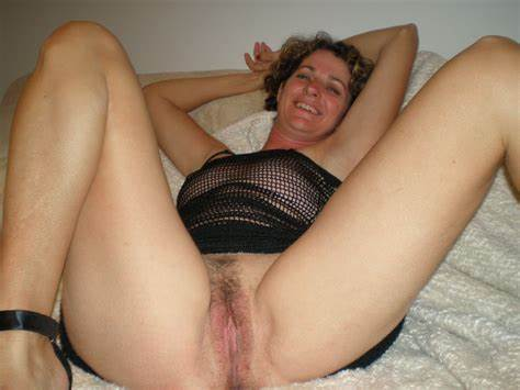 Beauty Shaved Granny Penetrated sexedefemme
