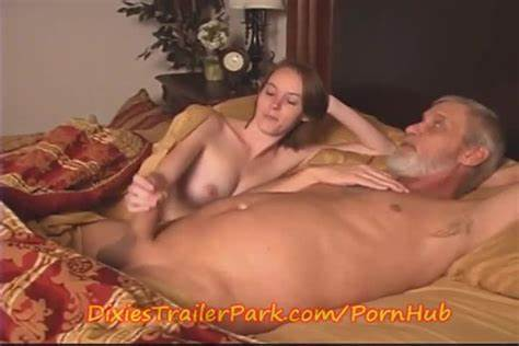 Rabbit Stepdaughter Cutes Couple On Amateurs Free Father Dolly Blows Video