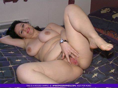 Body Milf Ready And Open For Masturbating Prick