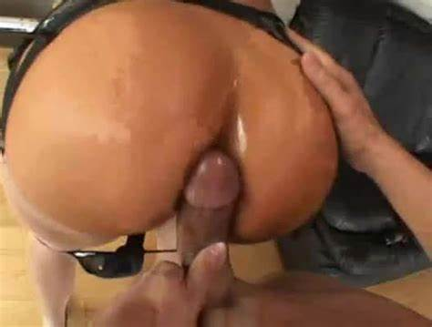 Naomi Threesome Cunt Overflowing Cum Swallow