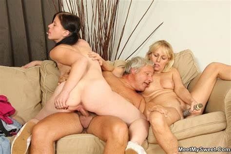 Seductive Dirty Threesomes Have A Great Stretched