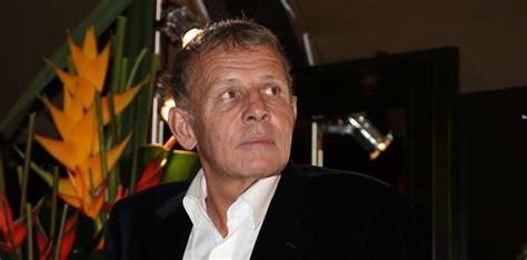 Patrick poivre d'arvor (french pronunciation: Patrick Poivre d'Arvor : Définitivement condamné à verser 400 000 euros à TF1 - Purepeople
