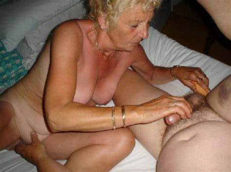 Granny Enjoy Her Men Penis