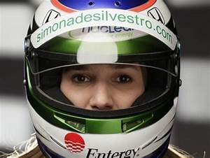 Femme Pilote F1 : voici la prochaine femme pilote de f1 elle entre chez sauber ~ Maxctalentgroup.com Avis de Voitures