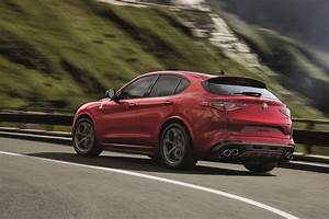 Stelvio Alfa Romeo : alfa romeo giulia wagon not likely stelvio takes its place report performancedrive ~ Gottalentnigeria.com Avis de Voitures