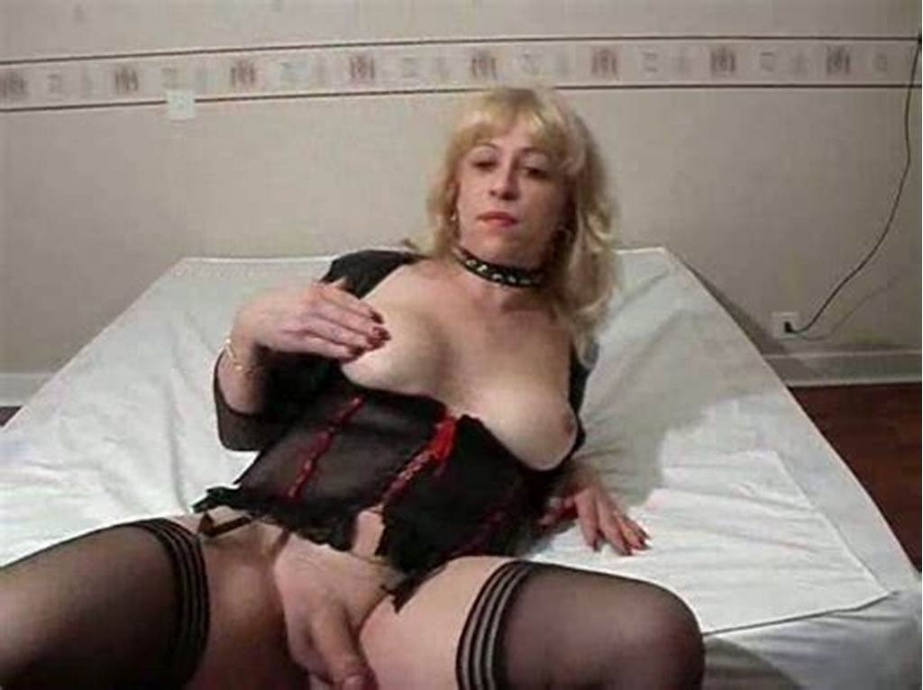 #Slutty #Mature #Shemale #On #The #Webcam #Masturbating
