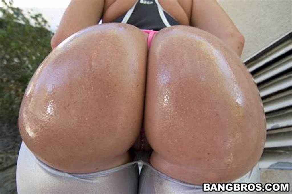 #Big #Tits #Round #Bubble #Butts