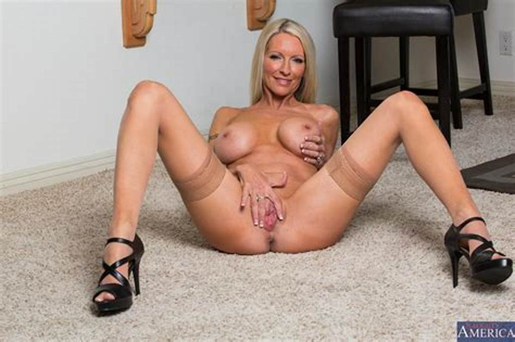#Emma #Starr #In #Sexy #Stockings #And #Shoes #Posing #For #You