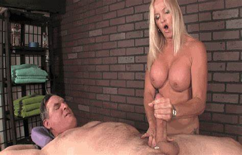 His Dicks Made Couple Girls Moan meanmassage